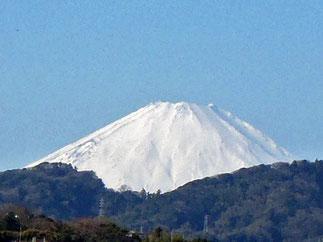 横須賀市馬堀海岸からの富士山 2015.1.12