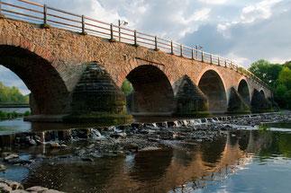 Die Saalebrücke in Burgau