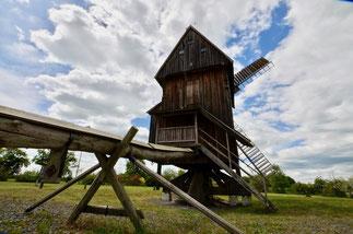 rekonstruierte Windmühle bei Kleinromstedt