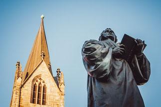 Lutherdenkmal an der Erfurter Kaufmannskirche