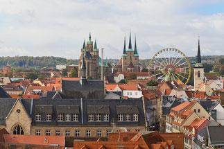 Der Grüne Markt in Weimar, Blick auf das Café Residenz und auf das Weimarer Stadtschloss