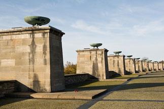 Gedenkstätte Buchenwald, Mahnmal
