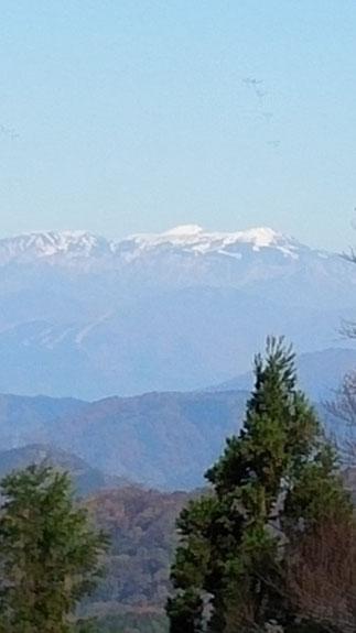 白山はところどころで見られたが、全容は見せてくれなかった