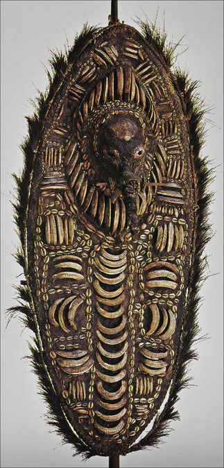 Rare shield-like representation of an ancestor • Keram and Yuat rivers, Lower Sepik, New Guinea • Bone, feathers, cane, shell, wood, and wax or resin • H. 156.5 cm • Private collection • Reproduced in Anthony JP Meyer 'Oceanic Art', © 1995 Köneman Verlags