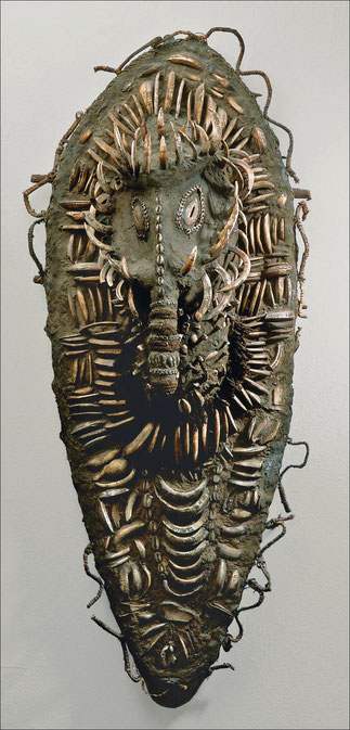 Another representation of an ancestor • Keram river, Lower Sepik, New Guinea • Cane, pig tusks, shells, wood, cane, fibers, and wax or resin • H. 115,6 cm • Private collection