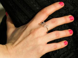 personalisierter Ring mit den INITIALIEN Deiner Wahl