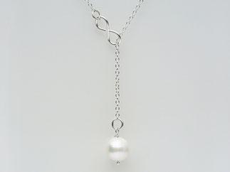 Perlenkette mit INFINITY Symbol und echter Süsswasserperle