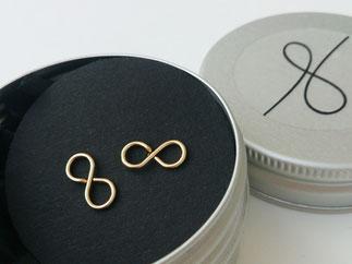 INFINITY Ohrstecker aus edlem Gold Filled Draht