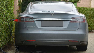 Elektroauto Batterie Aufladen