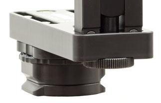 pocketPANO VARIO Nodalpunktadapter mit Arca-Swiss kompatiblem Klemmprofil und 3/8-Zoll Anschlussgewinde