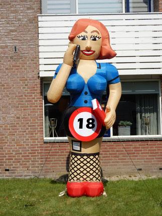 Bellende vrouw 3,5 m