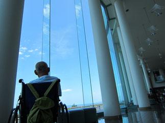 敗戦後。穏やかな日本海の景色に心が癒される