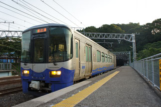 新幹線開業により経営分離された「日本海ひすいライン」に初乗車