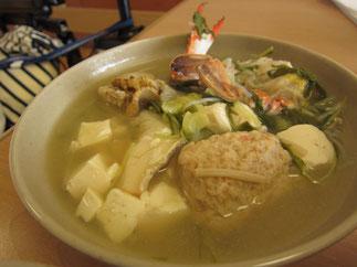 具材も増量した「うみまち厨房特製・海鮮寄せ鍋」