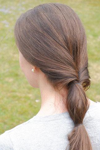 pferdeschwanz bei kurzen haaren - trends frisuren