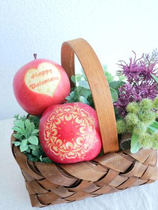 バレンタインデザイン りんごカービング フルーツカービング