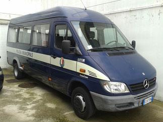 Minibus Mercedes 20 posti