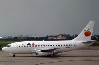 Un protagonista dell'estate dei charter del 1998, il 737-204 G-SBEA della Peach Air