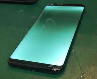 Samsung Galaxy NOTE9の画面が緑色