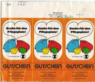 """Gutschein für ein Sparschwein der Zentralsparkasse.""""Familie Groschenbauch"""" Weltspartag 1973. Entwurf Heinz Traimer. Fehldruck."""