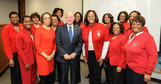 Chapter Members with Mayor Dave Kaptain of Elgin at a City Board Meeting
