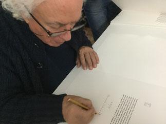 Mario Cresci firma il colophon del libro