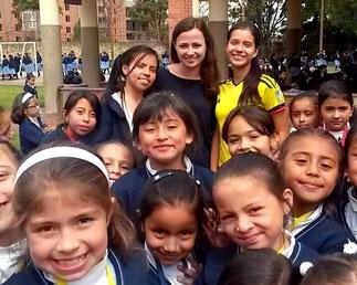 dia de felicidad, bogota, hilfswerk, kinderhilfswerk, schule, Kolumbien