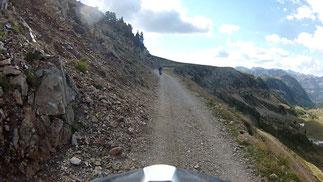 Vom Lombard führt ein Weg weg