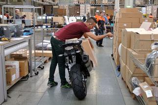 "KTM 1190 Adventure ""reisefertig"" verpackt"