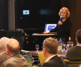 Annette Berendes, Leiterin Ressort Grünflächen und Forsten