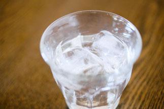 コップの水2