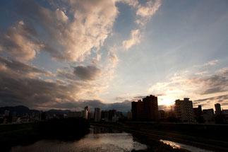 札幌 豊平川の夕日