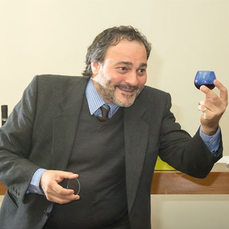 Marco Oreggia über extra vergine (italienisch)