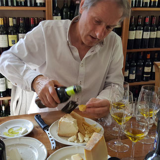 Master of Olive Oil meets Maître Fromager