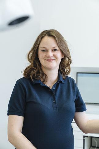 Zahnärztin Dr. Christina Brückner Döbeln