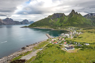 """Der Hausberg von Mefjordvær: Der """"Knuten"""" / Lofoten Norwegen"""