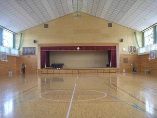 体育館(内)