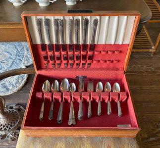 Simeon L & G. H. Rogers Flatware Set with Chest $45.00