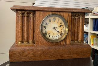 Gilbert Oak Mantle Clock $139.00