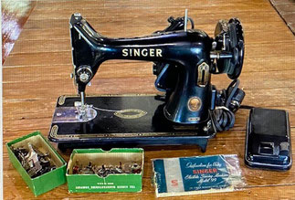 Vintage Singer 99K with Accessories $175.00 SOLD