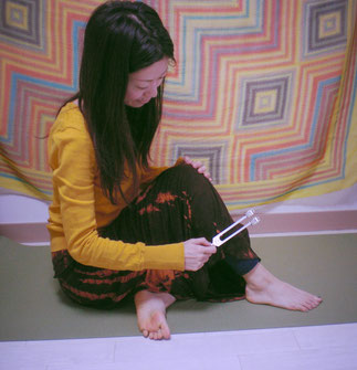 音叉ヒーリング講座の日本音叉ヒーリング研究会onsalabo音叉ヒーリングをセルフケアに活用する代表