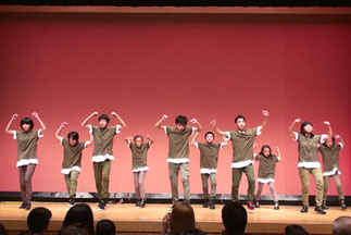 7.水曜『ヒップホップジュニア』講師Lickin|難しい振りにも喰らいついていって、踊りこなしてしまう凄さがあります。小中学生ですが迫力満点!「クール賞(かっこよかったチーム)」