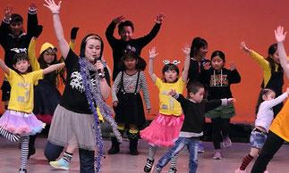 2部開幕。2-01.ブレイキン(KA2) アイディア満載の面白い作品。未来のお年寄りはバリバリ踊れちゃう??