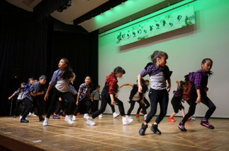 13.MIX@(火曜『フリースタイル』講師tamaki)|大勢で迫力満点の圧巻ダンス!「審査員特別賞」