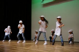 01.水曜『ヒップホップキッズ』講師Lickin|新しいメンバーも増えて、元気いっぱい!