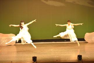 1-12.ナチュラルダンス(ISOKUMI)| 「感動した!」との声がたくさん届いています。これぞダンス!というきれいで素晴らしい作品でした。