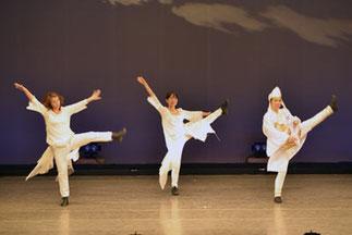 2-11.講師ジャズ|きれいでやわらかなダンスでした。
