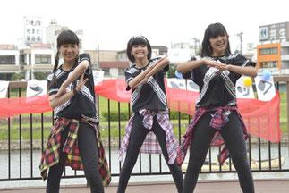 24.Smile Betty|中学生女子3人組。センスもスタイルもGOOD!華やかでカッコイイチームです!