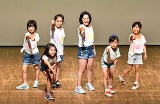 17.木曜『リズム&ダンス』講師ISOKUMI|ISOKUMI先生のキッズクラス!素敵なダンス♪