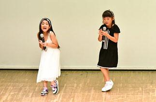 08.うさぎアイドル|小学生女子チーム。自作の歌も歌ってオーディエンス賞受賞